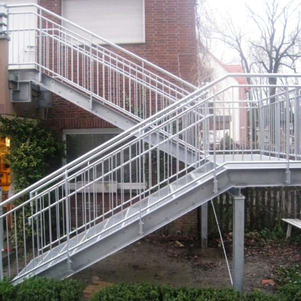 Treppe Edelstahl